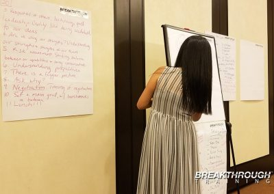 management-training-breakthrough-linda-chan