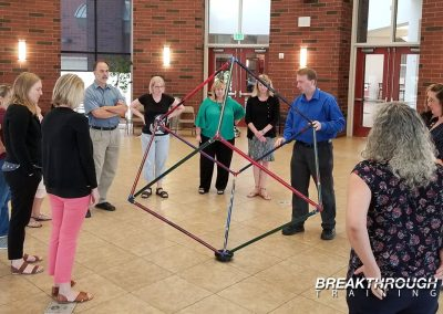 usac-leadership-training-breakthrough-3d-cube-team-activity